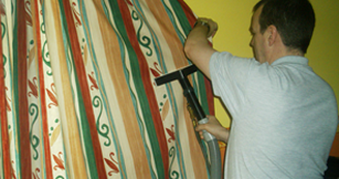 Curtain-Cleaning-home